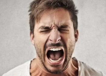 Demaskimi i meshkujve dhe zemërimi