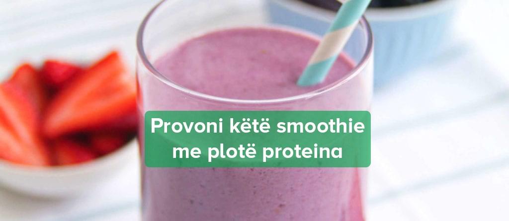 Smoothie me Proteina dhe Manaferra