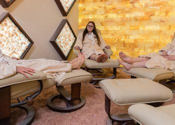A Ka Efekt Haloterapia (Terapia me Kripë)?