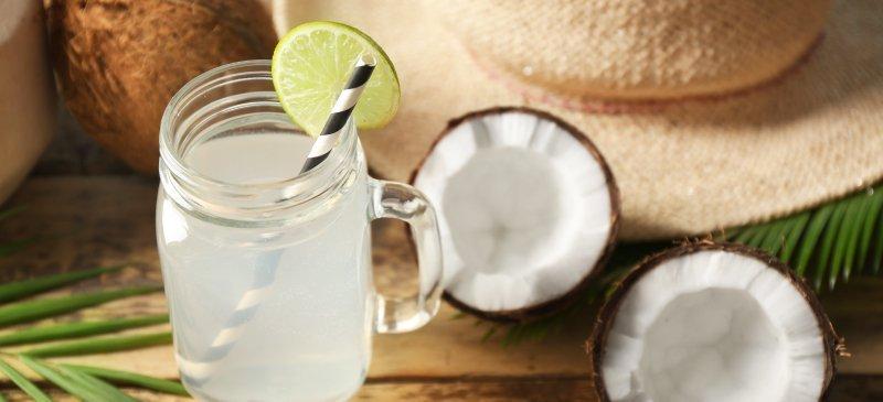 7 Pijet Më të Mira për Dehidratim