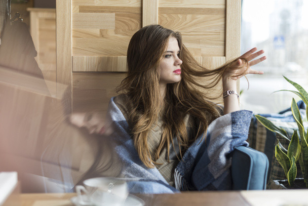 8 Mënyra të Thjeshta që Përmirësojnë Flirtimin Tuaj