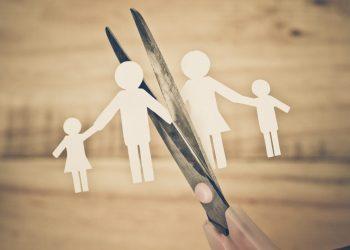 Çfarë Duhet të Mendoni Përpara se të Divorcoheni