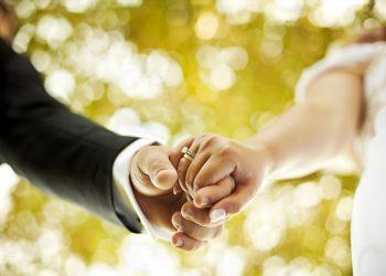 5 Shenja që Duhet të Martoni të Dashuren Tuaj