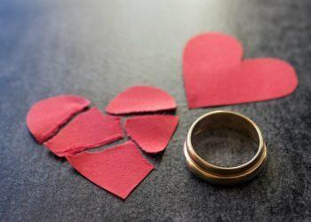Qfarë të Bëni Nëse Gruaja Juaj Ju Ka Tradhëtuar